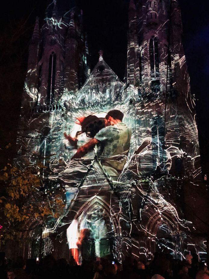 Glow 2018 - Projectie op de Catharinakerk in Eindhoven