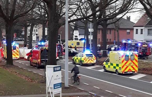 De hulpdiensten kwamen na het ongeluk massaal ter plaatse.