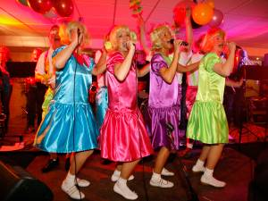 Carnavalsseizoen gestart: maak de nummers af en test of jij de muziek al kent