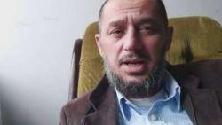 """Vrouw vermoorde Tsjetsjeense blogger blijft alleen achter met acht kinderen in Ledegem: """"Papa was er altijd om iedereen te helpen, nu is hij dood"""""""