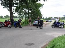 Motorrijder gewond door botsing met auto in Lunteren