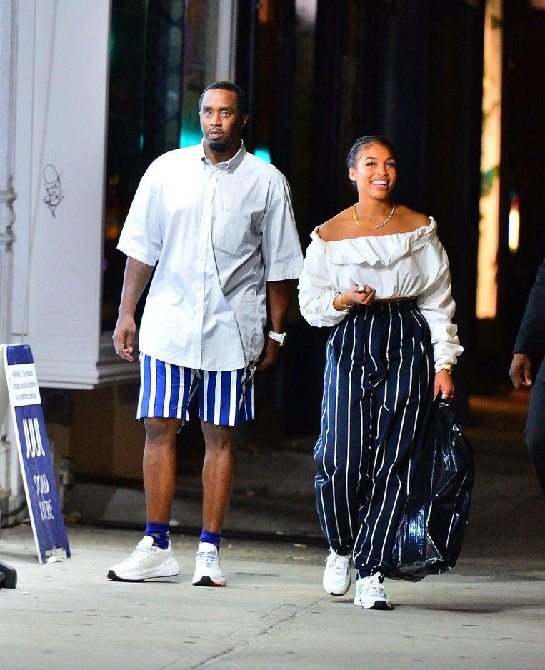 Diddy en Lori werden samen in matching outfits gespot.