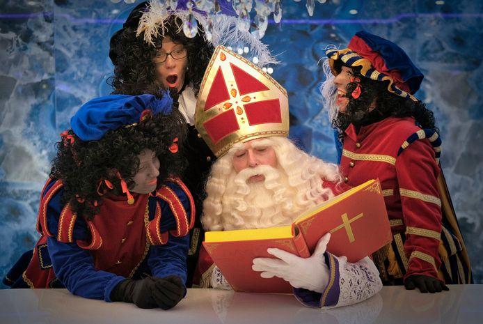 Sinterklaas en zijn roetveegpieten ontvangen dit jaar geen kinderen in hun tijdelijke huis in het Spijkenisser centrum.