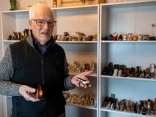 Drunenaar heeft vitrinekasten vol miniatuurschoenen: 'Het is ontiegelijk priegelwerk'