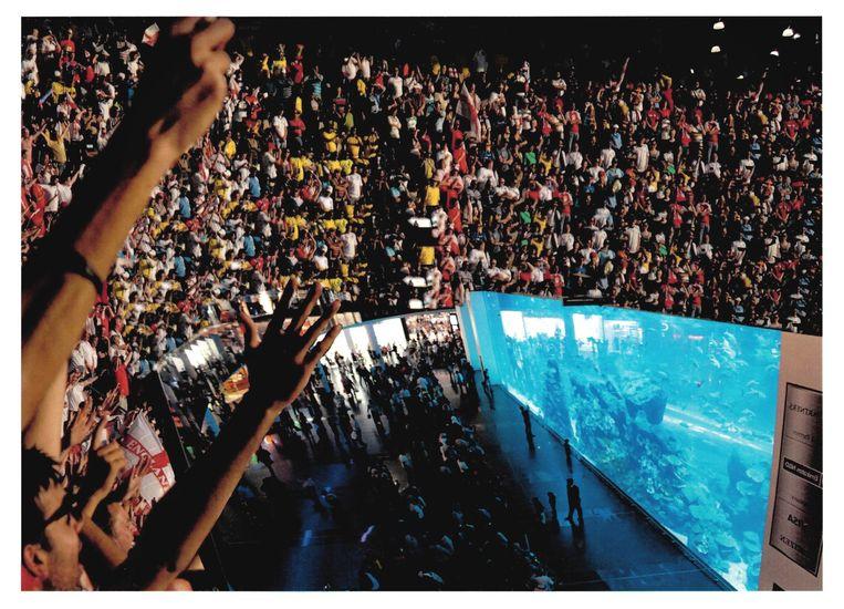 Dina Danish: still uit Live from the Aquarium (1912). Dit kunstwerk is als ansichtkaart (in diverse formaten) te bestellen of aan anderen door te sturen. Info: kunstkaartjekopen.nl/ volkskrant-beeldende-kunstprijs. Beeld -