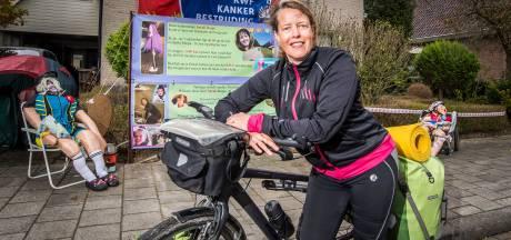 Almelose Marga is een bikkel, ze fietste ruim 3.600 kilometer voor KWF kankerbestrijding