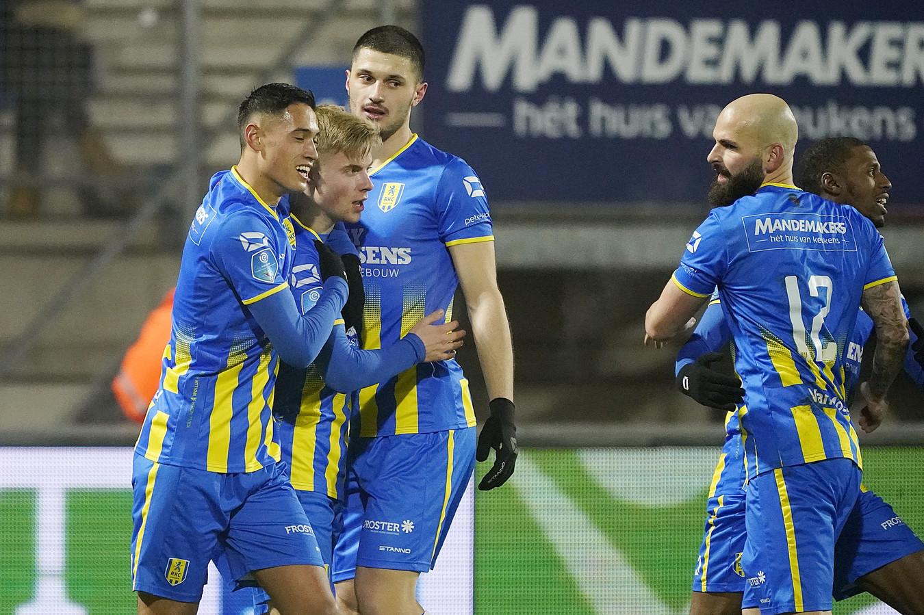Hansson heeft RKC op 1-0 gezet.