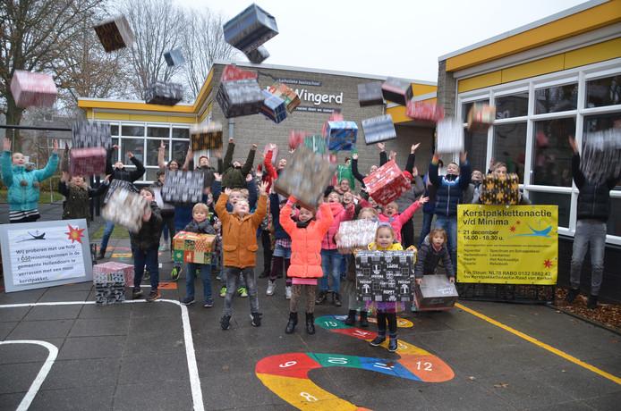 De kerstpakkettenactie 2018 in de gemeente Hellendoorn is officieel begonnen.