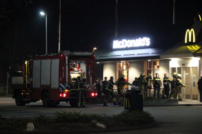 De brand woedde bij de McDonalds in Holten.