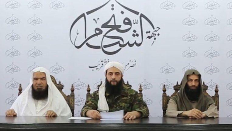 Aboe Mohammad al-Joelani (midden) liep zware verwondingen op.