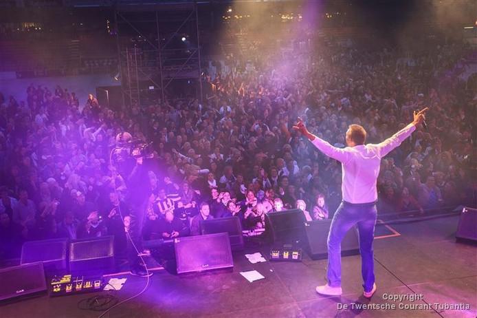 Volkszanger Jannes komt in augustus naar De Pollen-West Geesteren.