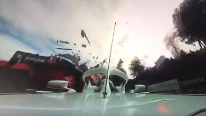 Schrikwekkende beelden: 360-graden camera registreert hoe bolide van Alonso in GP van België over Leclerc heen vliegt
