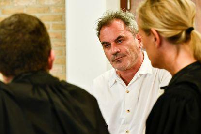 """Guy Van Sande praat voor het eerst: """"Ik heb mijn chats herlezen toen ik weer nuchter was, mísselijk werd ik ervan"""""""