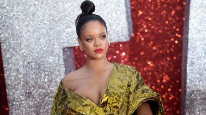 Rihanna sleept eigen vader voor de rechter: hij fraudeerde voor miljoenen dollars in haar naam
