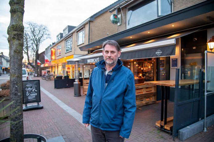 Raadslid Han Wilhelm, is blij dat de onderste steen nu boven kan komen in een aantal hoofdpijndossiers, zoals dat van het voormalige café Twinns.