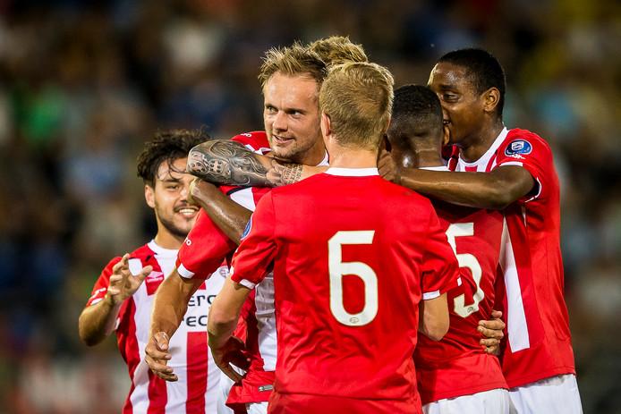 Drie jaar geleden scoorde een toen 27-jarige Siem de Jong nog tegen NAC met Jong PSV. Dat zou volgens de huidige regels niet meer kunnen.