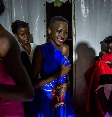 De 18-jarige Sherina wil miss hiv worden, als ambassadeur tegen de vooroordelen