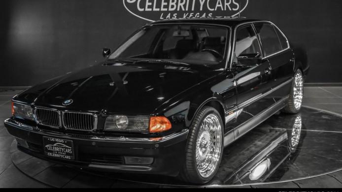 De BMW 750 iL waarin rapper Tupac werd vermoord.