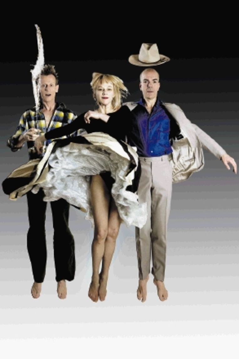 Na 'Zum Wohl' (2009) viel het doek voor Suver Nuver. (FOTO HENK ZWART) Beeld Ben van Duin