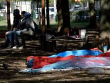 Douze arrestations au Parc Maximilien