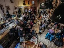 Moeite om stil te blijven bij swingende jazz in Doesburg