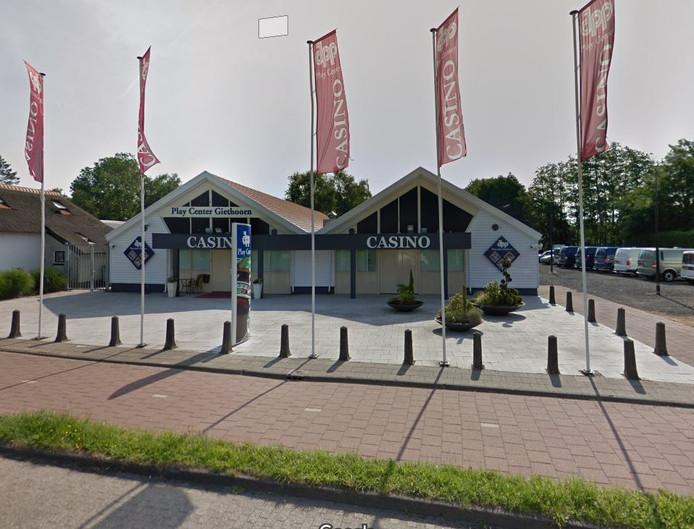 Justitie verdenkt drie mannen van een poging tot overval op het Playcenter Giethoorn.