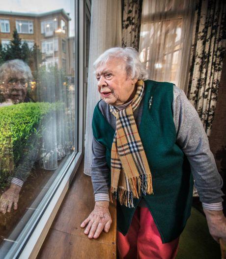 94-jarige Lidwien slachtoffer van autodiefstal: 'Ik kan de hele dag wel huilen'