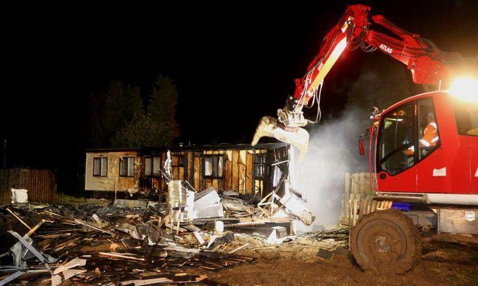 Uitgebrande chalet op camping Maaszicht in Kerkdriel.