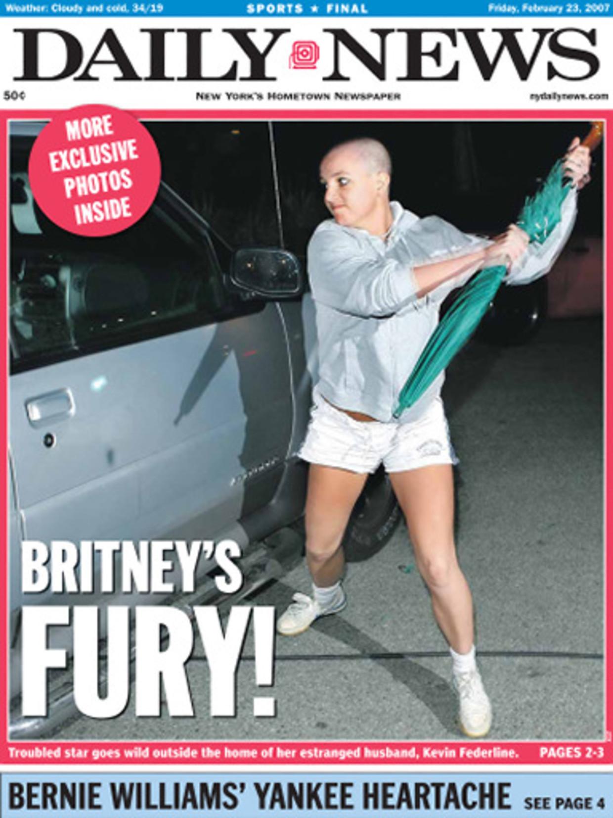 Speras molesteert de auto van haar ex-man. Beeld Getty Images