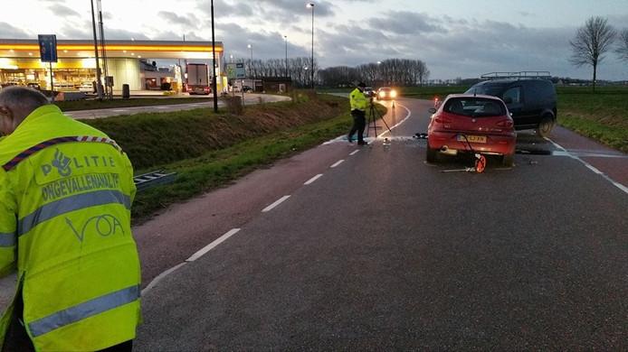 De Verkeersongevallenanalyse deed op de plaats van het ongeluk onderzoek naar de toedracht.