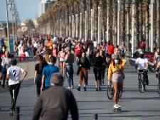 Spanjaarden mogen eindelijk weer de straat op en maken daar dankbaar gebruik van: 4 uur genieten