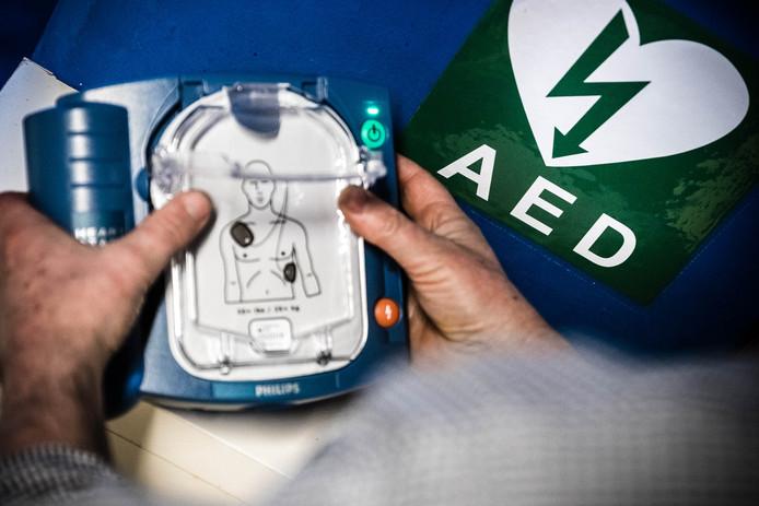 Een automatische externe defibrillatoren (AED).