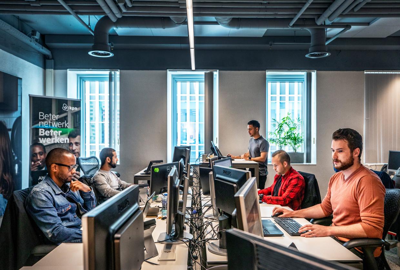De webcare-afdeling van KPN in Rotterdam.  Beeld null