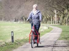 Bijzonder vervoer in Holten: 'Wandelen op een fiets geeft gevoel van vrijheid'