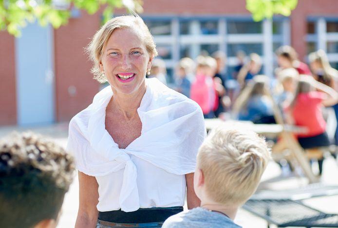 Juf Astrid van Vessem neemt noodgedwongen afscheid van basisschool 't Mulderke.