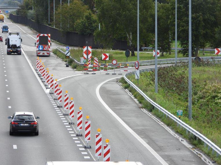 De op- en afrit van de E40 richting Brussel zijn afgesloten.