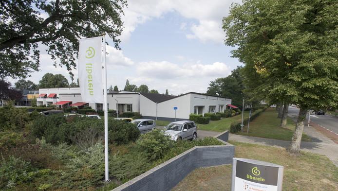 In woonzorgcentrum Florapark is verdeeldheid onder bewoners over het al dan niet via de rechter afdwingen van een verhuisvergoeding.