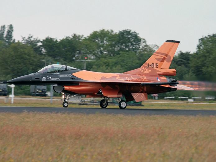 F16 op vliegbasis Gilze-Rijen.