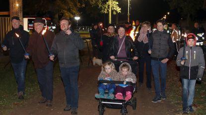 Meer dan 500 deelnemers aan fakkeltocht van zes brandweerkorpsen zone Taxandria voor het goede doel