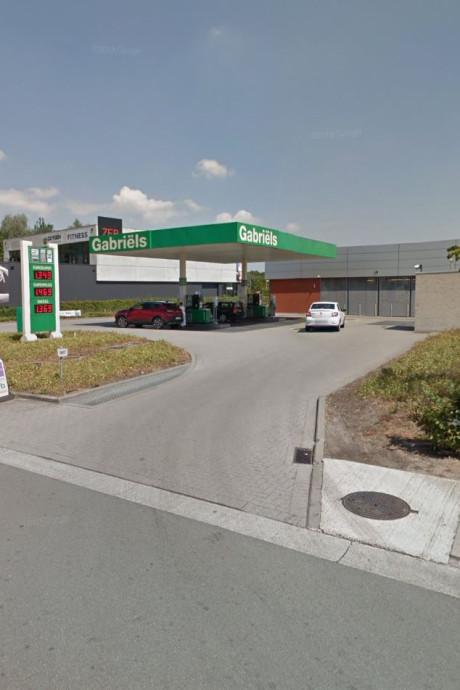 Euro 95 amper een euro per liter in België, maar niemand kan ervan profiteren