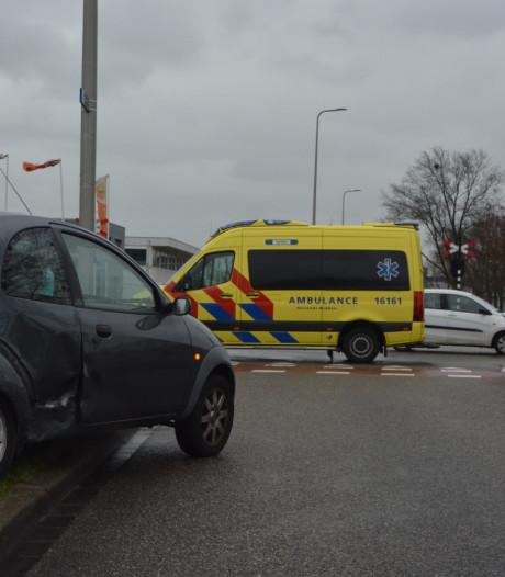 Automobilist gewond na ongeval op Magazijnweg