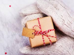 15 idées cadeaux à moins de 10 euros pour un tirage au sort de Noël