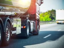 Kraaijertsedijk gesloten voor auto's en vrachtwagens