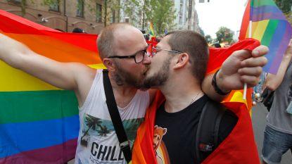 8.000 deelnemers voor Gay Pride Kiev, duizendtal tegenbetogers