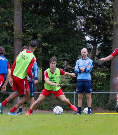 Herstelde Pierie op de bank bij FC Twente