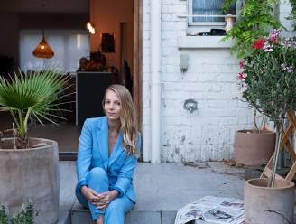 """VTM-journaliste Hannelore Simoens houdt van het ochtendgloren: """"Sinds mijn ongeluk sta ik elke dag dankbaar op"""""""