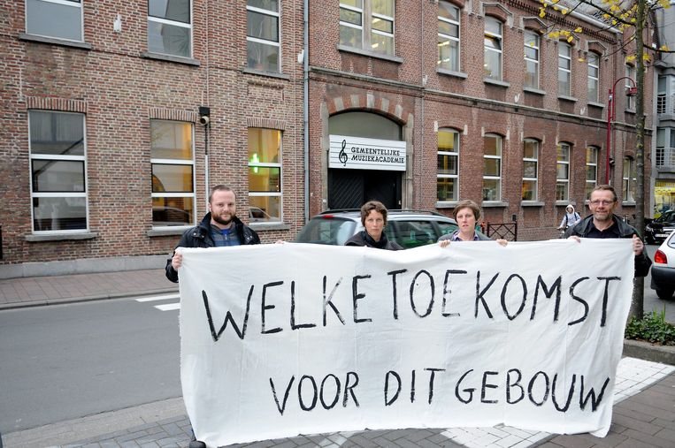 Een foto uit 2009. Toen al voerde Groen actie voor de Academie. Op foto: Seppe Santens, Mieke Schauvliege, Marleen Defruyt, Jef Tavernier.