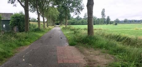 Wéér natte voeten: waterleiding in Den Dungen springt voor vijfde keer in half jaar tijd
