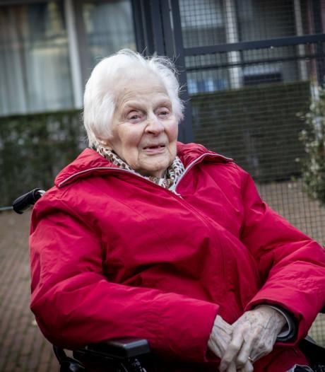 100-jarige Aly uit Ootmarsum wil graag oud worden in Twente