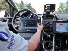Bestuurder scheurt met 178 kilometer per uur voorbij snelheidscontrole in zone 90